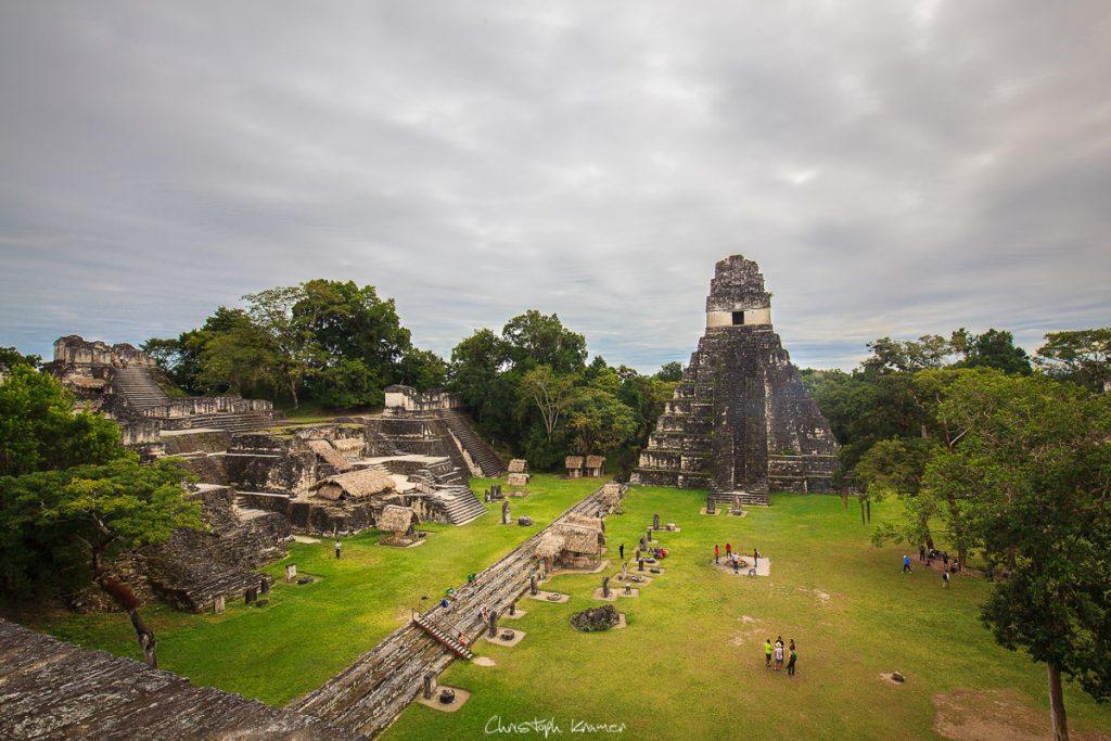 Die Ruinen von Tikal
