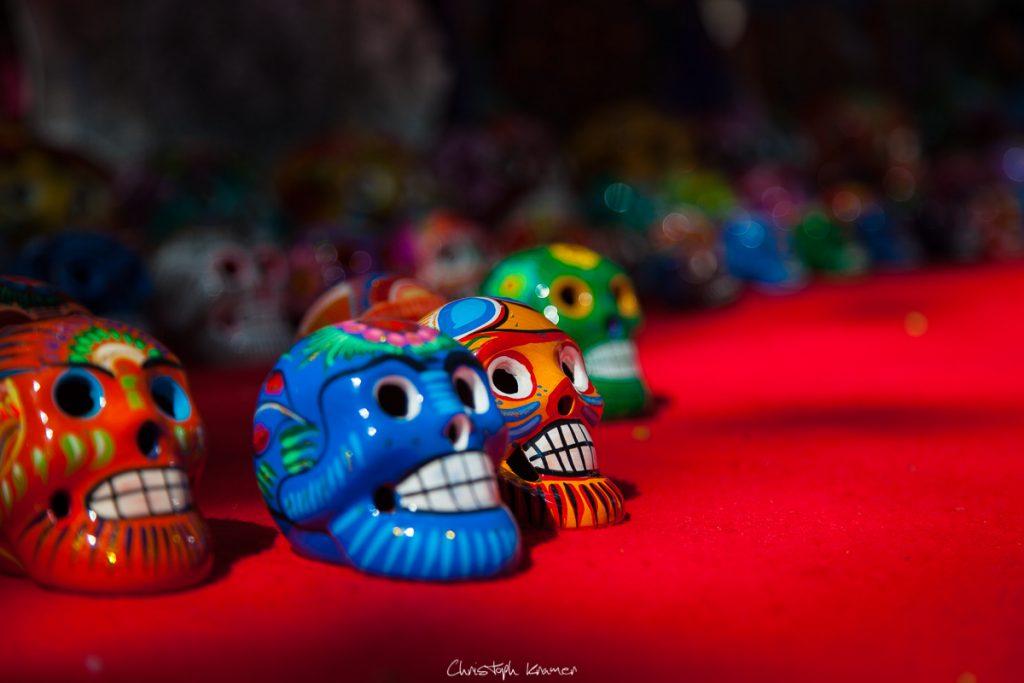 Eines der typischen Souvenirs aus Mexiko – der Totenkopf
