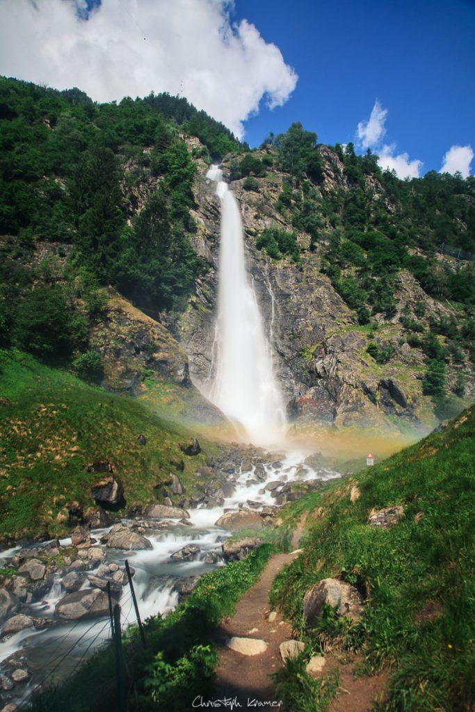 Regenbogen im Partschinser Wasserfall