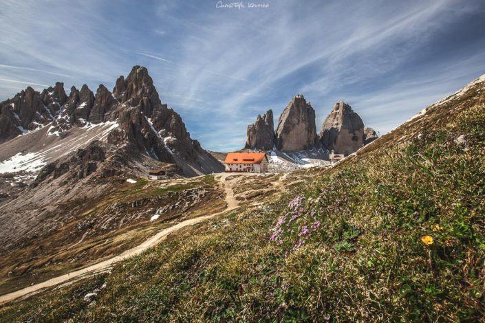 Blick auf die Dreizinnenhütte