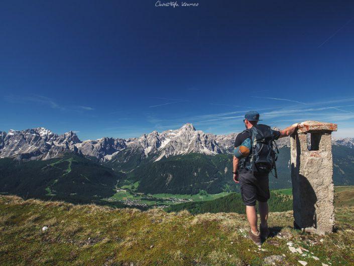 Unterwegs zum Helm mit ständigem Blick auf die Sextner Dolomiten