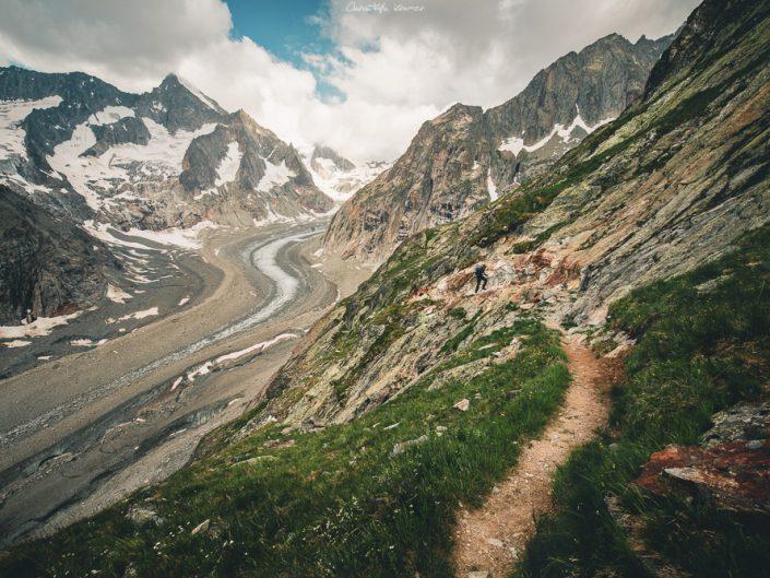 Der Panoramaweg am entlang des Oberaletschgletscher