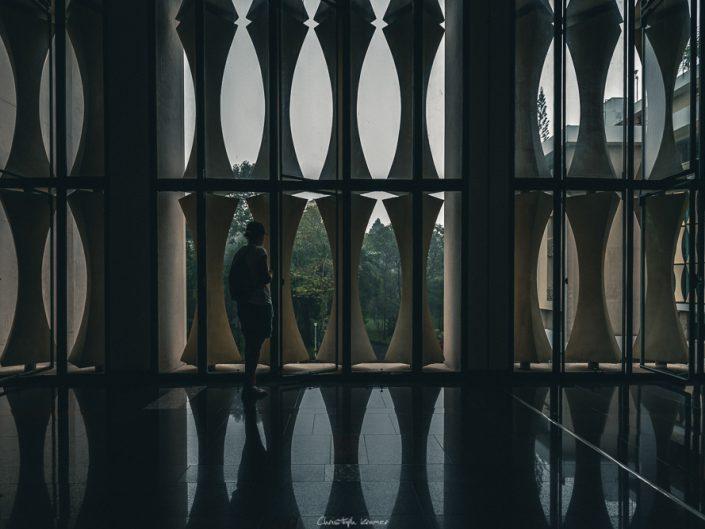 Fensterfront im Wiedervereinigungspalast