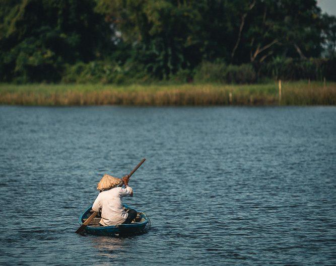Fischer auf dem Thu Bon