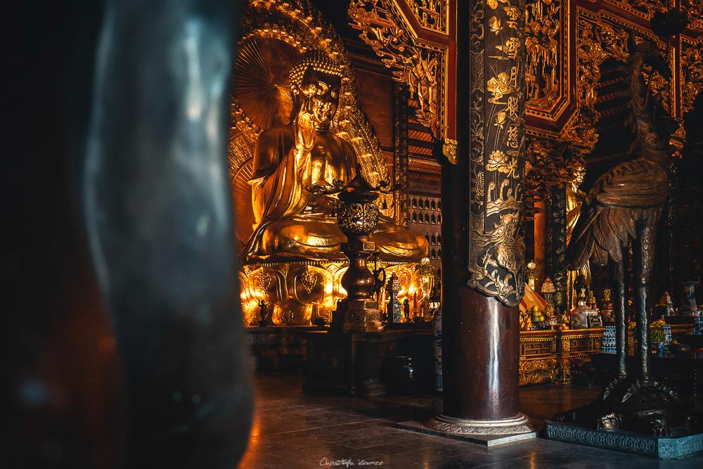 Der goldene Buddha aus Bai Dinh