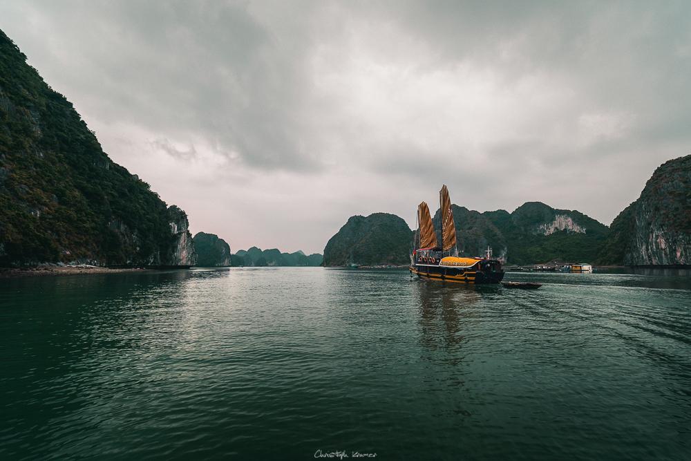 Ausflug in die Halong Bucht