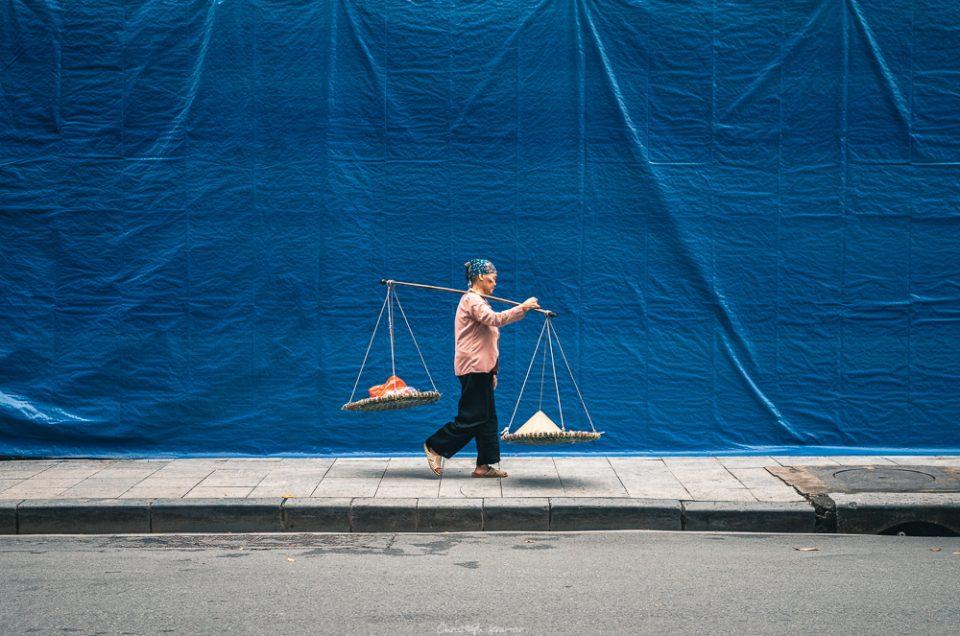 Straßenhändlerin in Hanoi